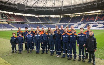 Jugendfeuerwehr Davenstedt stürmt die HDI-Arena